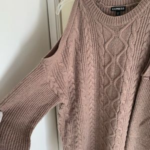 Express Gold shoulder medium sweater